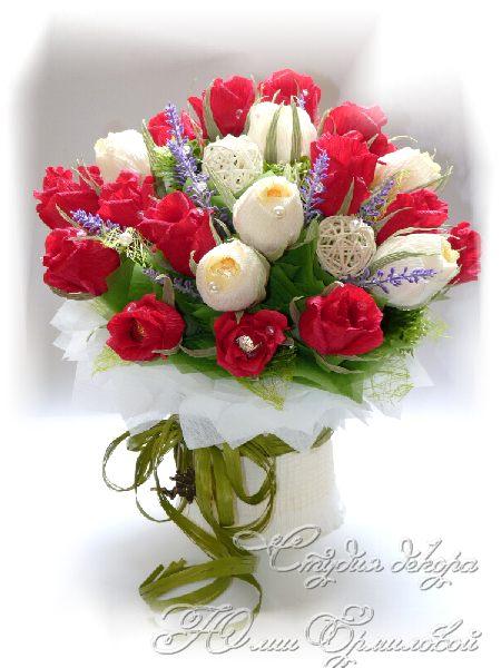 Розы своими руками с конфетами