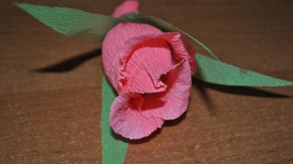 Роза из конфет пошаговая