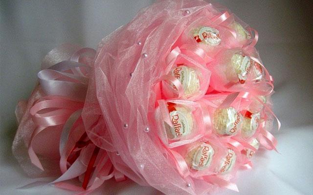 Букет из конфет из органзы своими руками